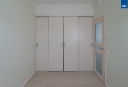 Sliding doors Tank082